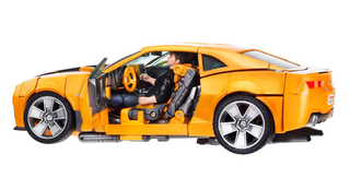 Transformers - Revenge of the Fallen - Bumblebee & Sam Witwicky