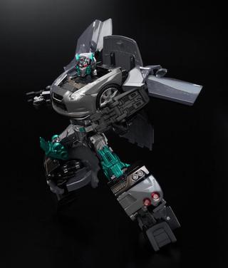 Transformers - Alternity - Convoy Super Black/Nissan GT-R