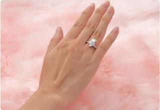 Hello Kitty x Swarovski Silver Heart Love Wedding Engagement Ring