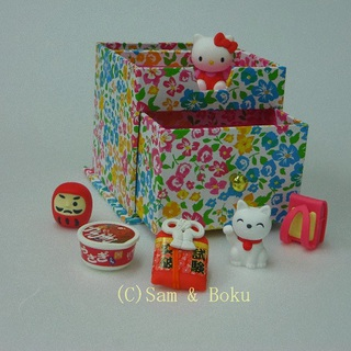 Japanese Erasers Hello Kitty and Japanese-style goods,With storage box.