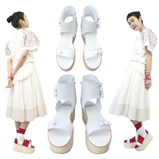 TOKYO BOPPER No.934 / White ball sandal