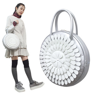 TOKYO BOPPER No.11183A/ Real leather Round handbag Milk-crown / Silver