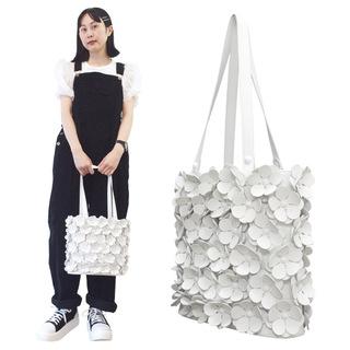 TOKYO BOPPER No.11134/ White flower bag