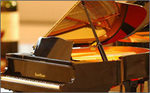 YAMAHA Grand Pianist + 3 Music Cartriges