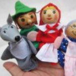 Parent-child toy finger puppet talk of the three piglets Mermaid Princess Red Riding Hood [hot] (Red Riding Hood)