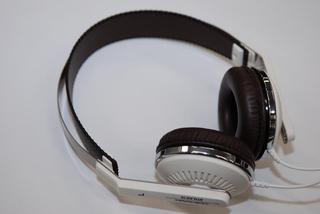 Audio-Technica - ATH-RE70 Retro Headphones (WH)