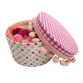 A rose and clover of Yotsuba put the happiness in upholstered round box / Preserved Flowers