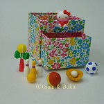 Japanese Eeasers Hello Kitty and Playthings,With storage box.